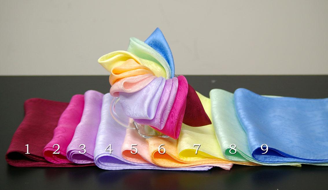 リボン結びサイズシルクロングスカーフペイズリー織柄サテン生地細身ロング22cm×150cm柔らかな上質シルク100%カラー:9色とブラックの中からお選びください。エコ包装になります。ギフト箱入りは100円追加です。京都・日本製