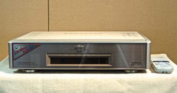 【中古】VICTOR S-VHS ビデオデッキ HR-X7