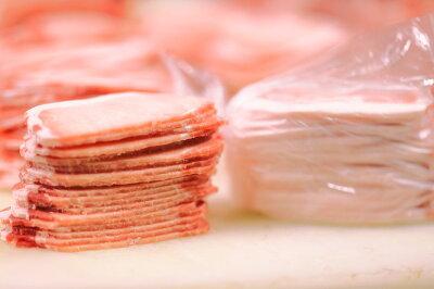 送料無料アメリカ産ギガ盛り豚ロース4.5kg(3mmスライス500g×9袋)