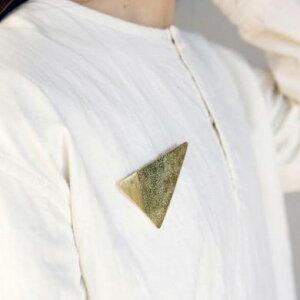 ブローチ ブラス トライアングル 三角形 ゴールド テテ ア tete a tete アクシス axcis TE877 金属 ブローチ 北欧 おしゃれ かわいい アクセサリー