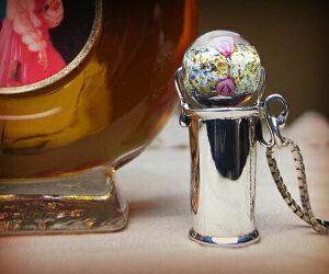 K&D 万華鏡 カレイドスコープ シルバー925 ネックレス ペンダント クリアベネチアングラス ユニセックス  SV925のシンプルなネックレス。ベネチアングラスのクリアグラスの中にに細かく散