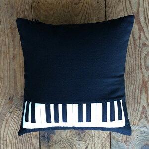 鍵盤クッションブラックウール