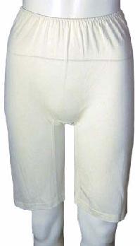 《2枚組》【シルク100%】 シルクニットの5分丈アンダーパンツ ホワイト【絹】【冷え取り】【白】【肌着 下着 インナー】【レギンス スパッツ タイツ】【保温】【ネコポス対応可】