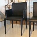 【101周年感謝祭】椅子 モダン 肘付き ダイニングチェア 送料無料  ブラック レザー デザイナーズ