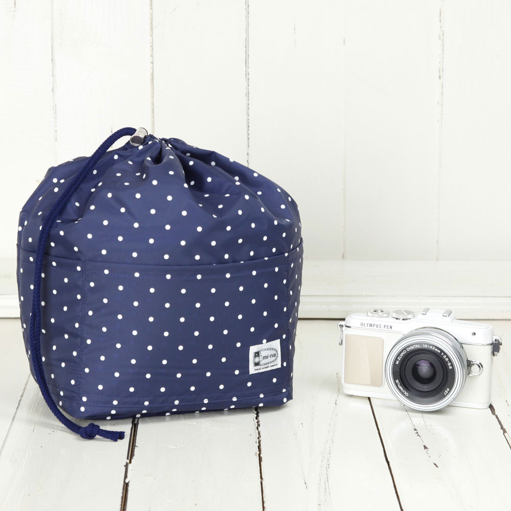 カメラバッグ おしゃれ ふわふわソフトタイプ カメラ用 12ポケットインナーバッグ/ネイビードット