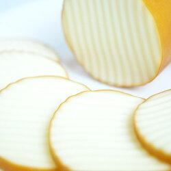 南ヶ丘牧場のスモークチーズ