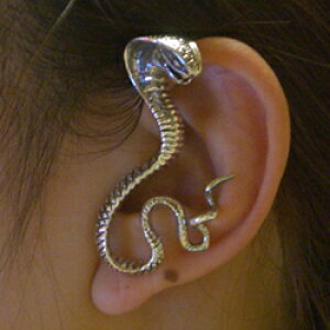 コブライヤーフック(左耳用) シルバー925 イヤーラップ 耳にかける メンズ レディース スターリングシルバー 高級 蛇 スネイク スネーク ヘビ イヤーカフ 開けない 痛くない おもしろ 立体
