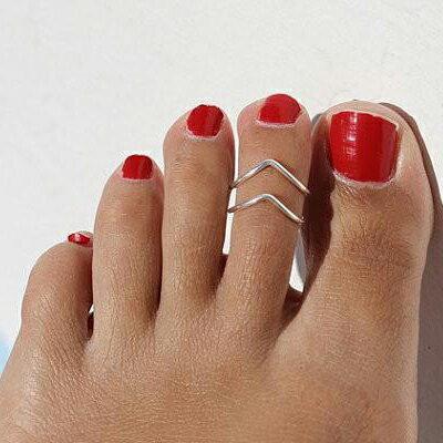 サブリナトゥリング 足の指輪 トーリング 足のリング ピンキーリング フリーサイズ レディース メンズ チップリング ミディリング ファランジリング ミニリング サイズが小さい 足指輪 足リング 小指 関節 指先 小さめ 夏 素足 サンダル ミュール シンプル シルバーカラー
