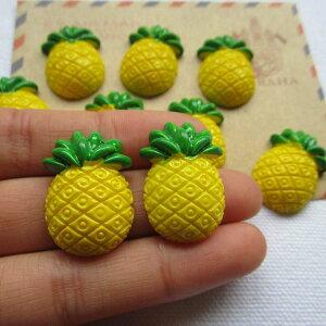 パインアクリルパーツ/1個販売 パイナップル 果物 フルーツ おもしろ ユニーク 面白い 個性的 アクセサリー ピアス パーツ プラスティック イヤリング 貼り付け マグネットピアス チャーム