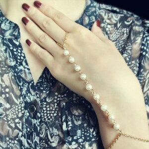 真珠パールゴールドフィンガーブレスレット1個販売 バングル 腕輪 指輪 つなぐ メンズ レディース ゴールドチェーン ビーズ ファランジリング ミディリング ボヘミアン ゴールドチェーン