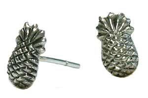 パイナップルスタッドピアス/1ペア販売 両耳 果物 フルーツ シルバー925 スターリングシルバー 銀 高級 オリジナル シルバーピアス メンズ レディース 耳 軟骨 20G 20ゲージ おもしろ 個性的 ユ