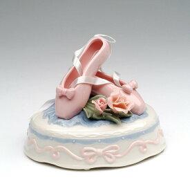 """オルゴール ピンク バレエ シューズ バラ Cosmos Gifts 96454 Fine Porcelain Pink Ballet Slippers with Pink Roses Wind-Up Music Box Musical Figurine (Music Tune: Ballerina), 5"""" L 送料無料 【並行輸入品】"""