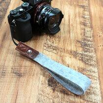パックアンドスムーチハウドシュヌークPackandSmoochHeidschnuckeウールフェルト製カメラハンドストラップドイツ製ハンドメイド牛革