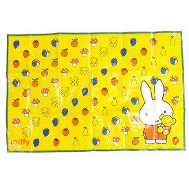 ミッフィー ピクニック用品 レジャーシートS 1人用 スケーター 90×60cm アウトドア雑貨 絵本ファンシー雑貨