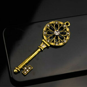 【デコパーツ】☆幸せへの鍵 キー☆アクセサリー パーツ iPhone カバー デコ電 下地 iphone7ケース iphone5/6 カバー ケース デコ 土台 携帯ケース デコケース デコ 素材 キット 携帯 電話 デコシー