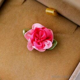 30off スーパーSALE 花 葉付き ピンク 【3個入り】リボン 布 手芸材料 ハンドメイド 素材