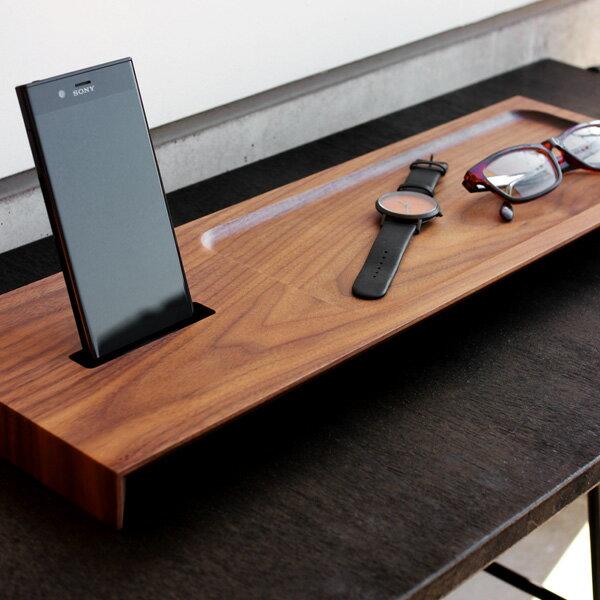 ■Xperia専用木製スマートフォンステーション「Wooden Superior Stand for Xperia」