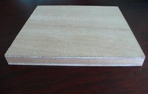 ラワンランバー(表面ベニヤ板)18x450x900厚みx幅x長さ(ミリ)約3.21kg2カットまで無料