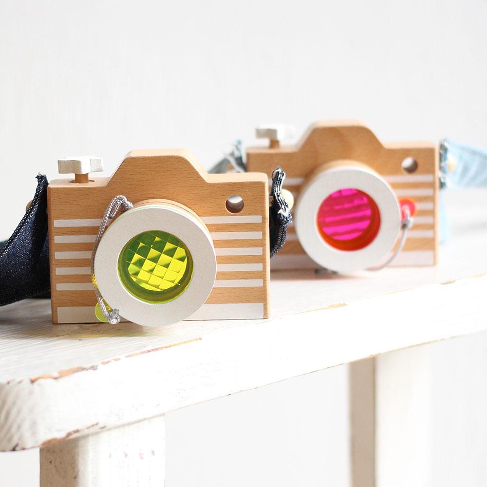 kiko+ (キコ) camera カメラ(ピンク・イエロー)木のおもちゃ 【誕生日 1歳 2歳 3歳 4歳 男の子 女の子】出産祝いなどのギフトやプレゼントに人気!