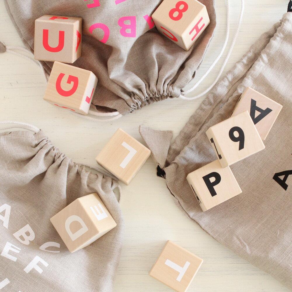 【送料無料】ooh noo(オーノー) Alphabet blocks アルファベットブロック 雑貨 木製オブジェ (黒、白、ピンク) インスタなど寝相アートに活躍のインテリアブロック。