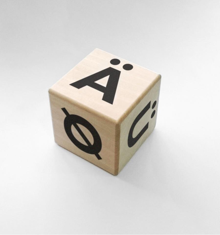 ooh noo(オーノー) Alphabet blocks - special letters Nordic/German - black アルファベットブロック単品 出産祝い・ギフトや誕生日プレゼントに人気!【子供 ベビー キッズ】【知育玩具】【木のおもちゃ】【積み木】【インテリア 置き物】