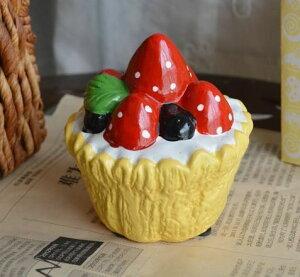 貯金箱 イチゴのケーキ型