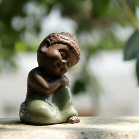 置物 茶玩 紫砂 瞑想するかわいい仏像 陶器製 (膝立て)