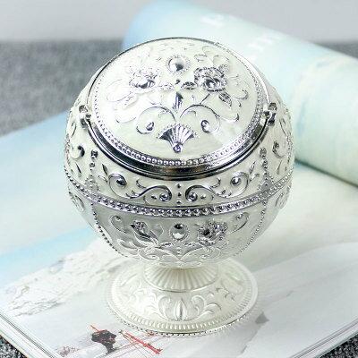 灰皿 薔薇の模様のふた付き 球型 ヨーロピアンアンティーク風 花柄 ミニスタンド (ホワイト)