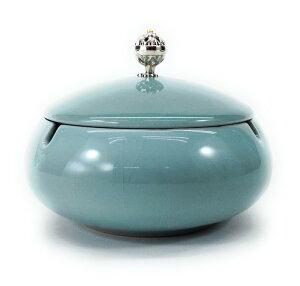 灰皿 純和風 和モダン 美しい取っ手の蓋付き 陶器製 (ライトブルー)