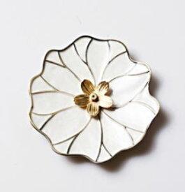 お香立て 白い蓮の葉モチーフの受け皿 スティック用香差し エレガント (桜の花型)