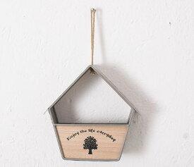 フラワーポット 造花 エアプランツ用 壁掛け ツリー柄の木製プレート カントリー風 鉄製 (小屋×グレー)
