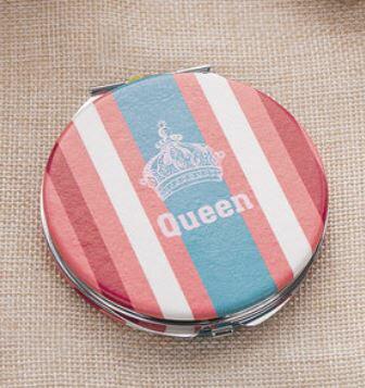 コンパクトミラー ストライプ柄 王冠モチーフ Queen 丸型 (ブルー×ピンク)