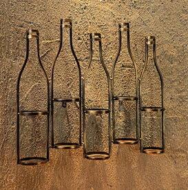 ワインボトルホルダー 壁掛け用 ボトルモチーフ アンティーク風 アイアン製 5本用 (ブロンズ)