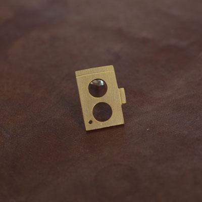Laboratoriumnostalgic camera pierce003 二眼レフカメラ【片耳ピアス】