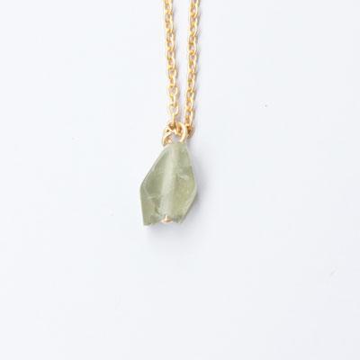 Laboratorium(ラボラトリウム)mineralogical necklace005 オリーブグリーンアパタイト