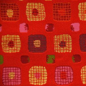 西陣織金襴 C 『サイコロ 赤 』不織布貼り 金襴切り売り 京都西陣織  金襴・生地・ 和柄・和小物・人形衣装・和雑貨・ バッグ・祭衣装・インテリア・ランチョンマット・アパレル