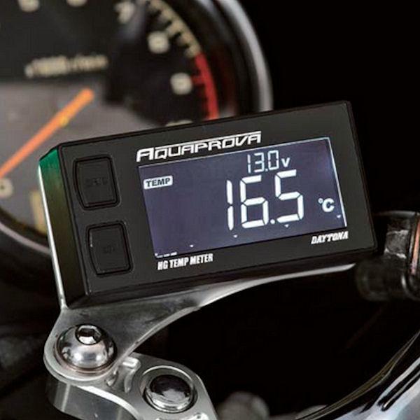 デイトナ DAYTONA 72813 防水デジタル テンプメーター バックライト付 ハイスペックタイプ 12V用 汎用 水温計 電圧計