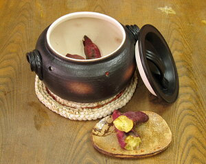 万古焼 石焼き芋器 家庭用 焼き芋器 用石 付 [石 追加可] 焼き芋器 石焼き芋鍋 焼き芋鍋 やきいも 焼きいも 日本製 ギフト 陶器 焼き物 やきもの(olkn)