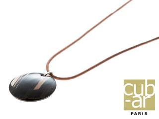 cub-ar/キュバール Petit Pendentif Cuir(プティット パンダンティフ キュイール) ネックレス