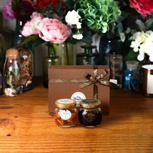 【生はちみつギフト】ナッツの蜂蜜漬けM(80g) + ハニーショコラM(90g) / ブラウンギフトボックス(S) + MYHONEYロゴ入りリボン