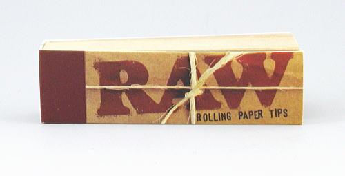 【RAW TIPS】手巻きタバコ 無添加 ロウ tips ロールフィルター チップス 50枚 ブックレット型 手巻きタバコ用 紙を丸めて使用