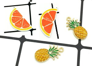 送料全国一律190円パイナップル オレンジ 果物 チャーム 1個入り アクセサリーパーツ 手芸材料