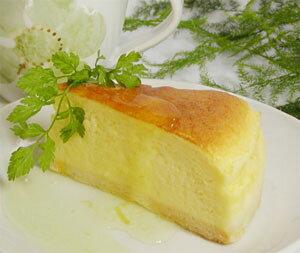 瀬戸内レモン風味のチーズケーキ スフレタイプ 5号 レモンソース付き − お菓子工房おち