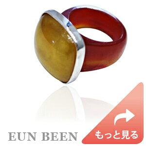 暖かな配色が可愛らしいスクエア型の琥珀リング ring047 * 天然琥珀 コハク amber イエローアンバー 自然玉 チャマンオク ネフライト * 指輪 サイズ指定 韓国ジュエリー 韓国伝統工芸 アク