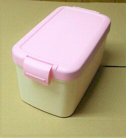 【日本製】ペットフードカンパニー Sサイズ 2kg ピンク蓋 アイボリー無地本体 スコップなし ペットフード ボックス 保存箱