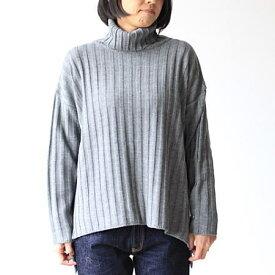 mao made(マオメイド)サイドスリットワイドリブタートルプルオーバー