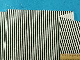 綿ストライプ生地(やや厚)オフ白×黒(110cm幅 2m)