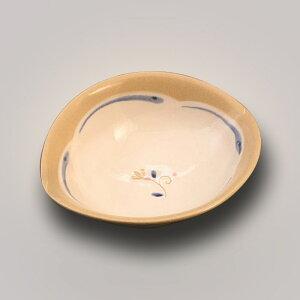 焼き物 一輪 花 楕円 鉢 (小) 10cm 醤油皿 しょうゆ皿 豆皿 薬味皿 漬物皿 タレ皿 お茶請け皿 珍味 日本製 陶器 おうちCafe カフェ スタイリッシュ おしゃれ モダン かわいい 来客用 和柄 和風 粉