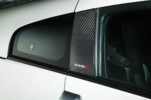 NISMO(ニスモ) カーボンピラーガーニッシュ フェアレディZ Z33 クーペ ドライカーボンシート+UVカットクリアコート仕上げ 7689S-RNZ31