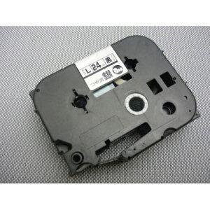 ビーポップミニ・レタリ 強粘着テープ 8m 幅24mm 銀ラベル 黒字 LM-L524BMK 送料無料